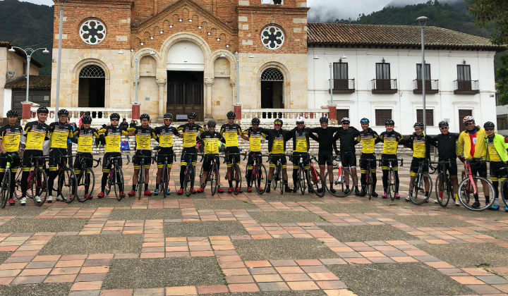 TOUR TO COSTA RICA WITH A LUXURY PELOTON