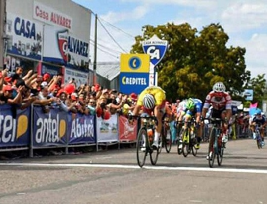 VUELTA DEL URUGUAY: NICOLÁS NARANJO REPEATS VICTORY IN THE THIRD STAGE AND AFFORESTS THE LEADERSHIP