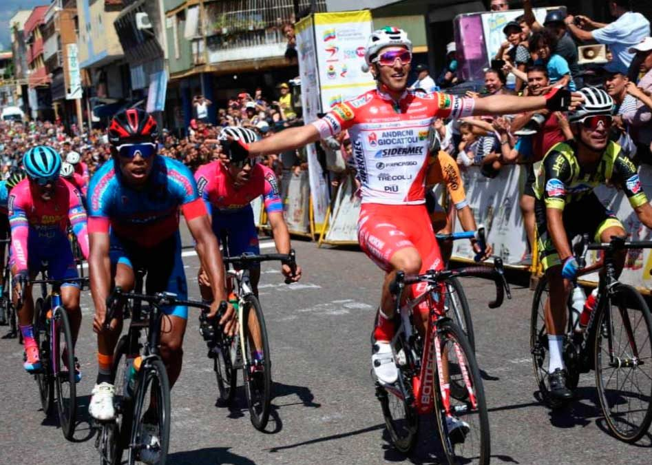 THE ITALIAN LUCA PACIONI WINNER IN THE INITIAL STAGE OF THE VUELTA TO THE TACHIRA 2020