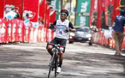 """VUELTA A GUATEMALA: MARDOQUEO VÁSQUEZ WINS """"QUEEN STAGE"""" AND IS NEW LEADER"""