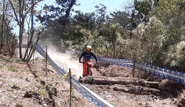 INICIO COPA ELECTROLIT DOWN HILL 2021 EN EL SALVADOR