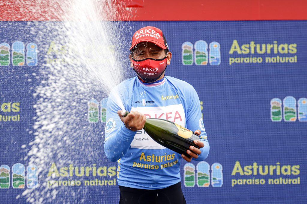 Nairon Quintana festeja en Asturias