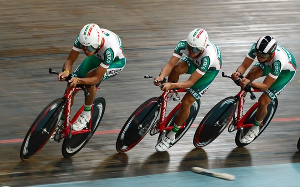 Peru welcomes Mexican cyclists