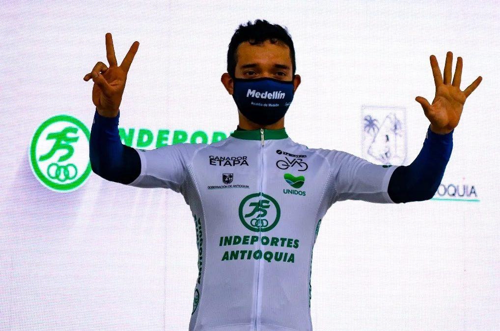 Brayan Sánchez vence primera etapa y es líder de la Vuelta Antioquia
